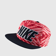 NIKE MENS PRO UNSTRUCTABLE SNAP STRAP BACK HAT RED BLACK UNISEX HAT CAP  SNAPBACK 7acea23a50c