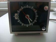 70-ies 70-er Jahre Cube Uhr elektrische Würfeluhr massiv