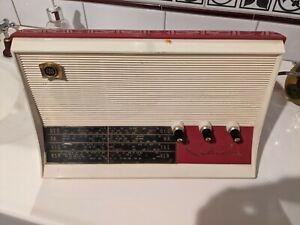 AWA RADIOLA VINTAGE RADIO - turns on - sold as is