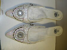 new worn MDMG white pointed shoes beads size 39 USA size 8