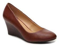 """Report Vasco wedge pump tan brown 2.5 """" heels sz 10 Med NEW"""