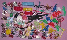 VINTAGE GUMBALL MACHINE Prizes, BUBBLEGUM CHARMS RINGS Cracker Jack (100)+ TOYS