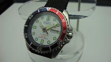 Vintage CITIZEN Diver 200 M 38 Mm x 45 mm Blanco Dial Bisel Pepsi M4 correa de la OTAN