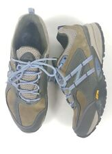 New Balance Running  WO1520 GR Vibram, Trail Hiking Shoes Excellent Condition