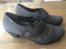$345 Mephisto Women's Slip On Loafers 8.5 Gray Silver Heels Air Relax Shoes EUC