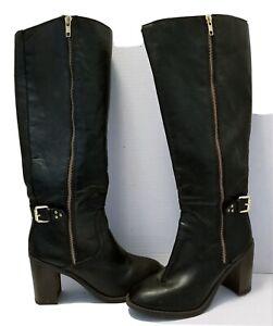 Womens Kohl's rn#73277 Knee High. Buckle Botton Fashion Boots zippered Black.