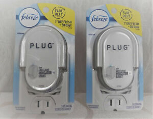 2 Febreze Plug Alternating Scented Oil Warmer With Low-Level Indicator Light New