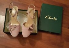 Womens Stunning Clarks Pink Suede Shoes Size 5uk