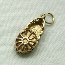 Lovely 9 carat Gold Ornate Slipper Charm