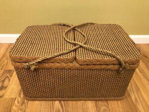 """Vintage Large Redmon Wicker Picnic Basket 20"""" X 12"""" X 10"""""""