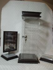 SERENGETI SUNGLASS LOCKING DISPLAY CASE W/ MIRROR AND SIGNAGE