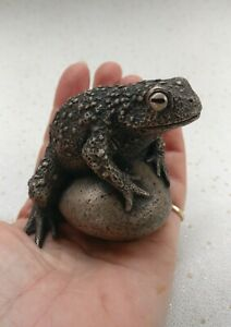 Cold cast bronze life sized toad sculpture limited edition new