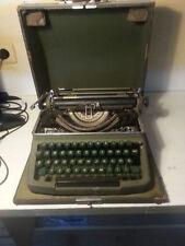 Alte Schreibmaschine  Royal aus Nürnberg  sehr alt antik im Koffer