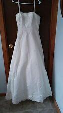 NWT wedding dress California Bridal Iv 7611 sz 12 detachable train A-line