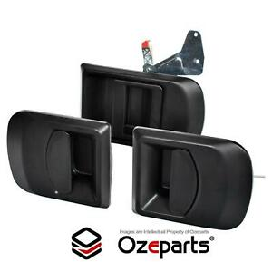 (Set of 3 Pcs) OUTER Door Handle (Black Texture) For Iveco Daily Van 2000~2011