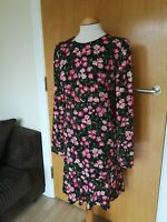 Ladies WAREHOUSE Dress Size 16 Black Pink Floral Shift Smart Day Party