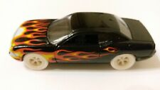 Johnny Lightning 2.0 R1 2010 Dodge Challenger R/T White Lightning