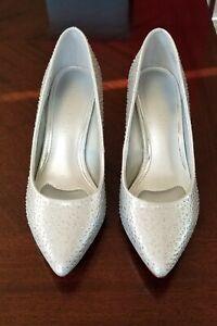 Kelly & Katie Astivia Stiletto Heels Silver Rhinestone Sparkle Size 8 1/2