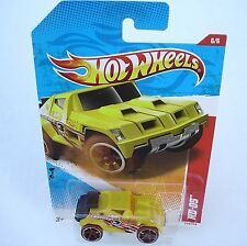 Hot Wheels 216/244. Yellow RD-05. Thrill Racers ~ Jungle '11 6/6 New in Package!