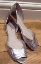 Beautiful Leather Flat Shoes by COACH size UK 6.5 Us 8.5