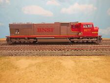 HO SCALE ATHEARN GENESIS BNSF SD751 #8277 LOCOMOTIVE
