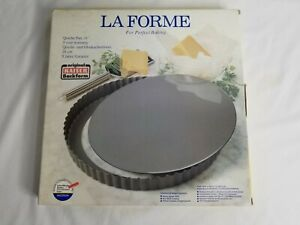 "NEW 11"" Kaiser La Forme Nonstick Quiche Tart Pan Removable Cut Resistant Bottom"