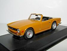 MAXICHAMPS TRIUMPH TR6 1968 ORANGE 1/43