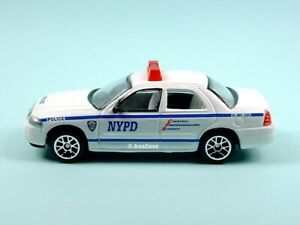 REALTOY / Ford Crown Victoria (White) - No packaging / NYPD.