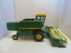 Vintage John Deere 6600 chain drive Combine with original Yellow Top Box