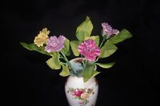 ROYAL ALBERT COUNTRY ROSES VASE W/4 RA COLLECTOR ROSES