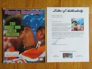 WAYNE GRETZKY signed Sports Illustrated 2/18/85 EDMONTON OILERS Magazine PSA