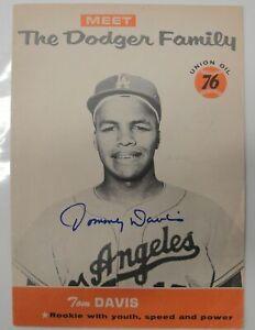 Tommy Davis Hand Signed Autographed 1960 The Dodger Family Program 5x7 w/COA