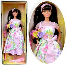 1996 Spring Petals Barbie Avon Special Edition Second In Series NIB near mint
