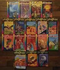 Lot de 17 livres Cabane, Château, Bus et Carnets Magique 20 histoires au total