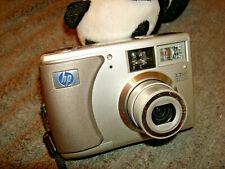 HP PhotoSmart 735 3.2MP Digital Camera - Silver
