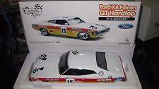 CLASSIC 1/18 FORD FALCON XA GT HARDTOP 1973 BATHURST #15 CARTER NELSON 18376