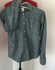 LEVI WOMENS SHIRT SZ M CHAMBURY DENIM LONG SLEEVED