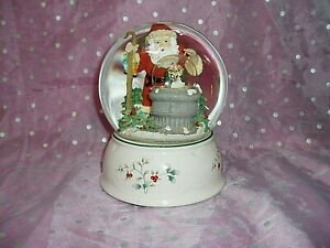 """PFALTZGRAFF WINTERBERRY MUSICAL SNOWGLOBE WITHIN GLOBE"", 4th in Series, Santa.."
