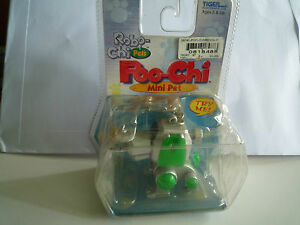 Hasbro Wind up Poo-Chi Mini Pets- Robo-Chi Pets - 59740 - 2000 tiger Electronics