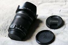 Canon EF - 18-135mm f/3.5-5.6 Lente IS STM S Delantera y Trasera Cubierta Y Capucha