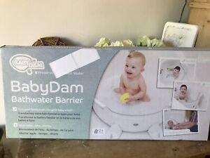 ❤️BRAND NEW IN BOX ~ BABY DAM BATH REDUCER / BARRIER ~ WHITE & GREY ~ BNIB ❤️