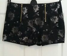 New Look Cotton Hot Pants Floral Shorts for Women