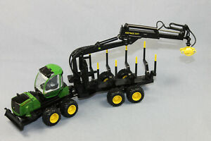 ERTL John Deere 1110 E Forwarder / Forstmaschine Maßstab 1/50