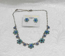 TURQUOISE COLOR FLOWER CHARM NECKLACE & EARRING SET - BLUE RHINESTONES