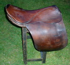 Vintage Chas T Hulan Wartrace Tennessee Brown Leather Saddle English Cutback 18""