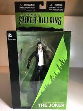 DC Super-Villains: The Joker Action Figure (2015) DC Collectibles New