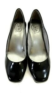 LIFESTRIDE SIMPLY COMFORT WOMENS BLACK FAUX LEATHER LOAFERS SIZE 5.5 M