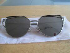 SILVER Frame Piatto Metallo Designer occhiali da sole a specchio. NUOVO.