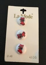 """3 Vintage 5/8"""" Realistic Novelty Plastic Red Kitty Cat With Bow & Bell Buttons"""