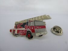 Pin's Pins Pin Badge Camion Pompier Grande Echelle / IVECO Firemen Truck TOP A3